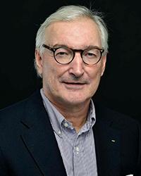 Dr. Lars Engebretsen portrait