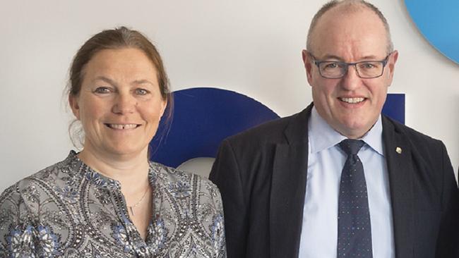 CEO SINTEF Alexandra Bech Gjørv and Rector NTNU Gunnar Bovim