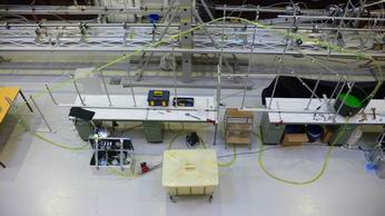 Photo: Overview of the lab facilities with the miniloop in front