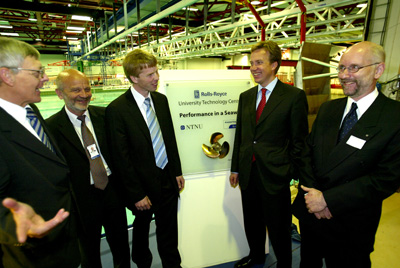 Tthe official opening of a new University Technology Centre (UTC), Present were Norway's Minster for Industry, the Head of Research and Technology of Rolls-Royce Mike Howse, the President of Rolls-Royce Commercial Marine Duncan Forbes.