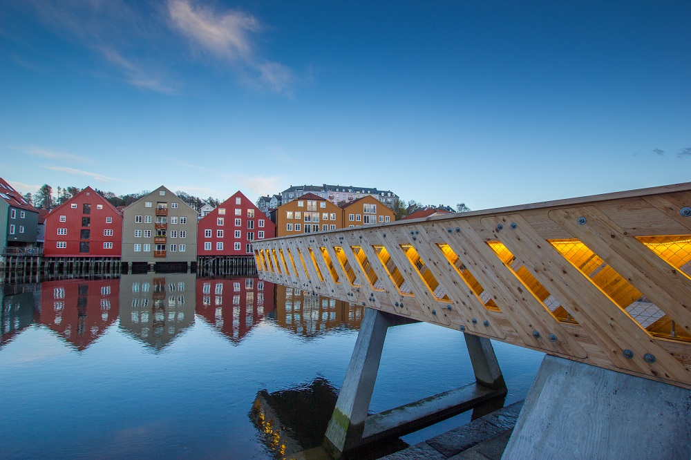 The Trondheim HolzBau Pier (2014). Architects: John Haddal Mork and Anders Gunleiksrud. Photo: Sophie Labonnote-Weber.