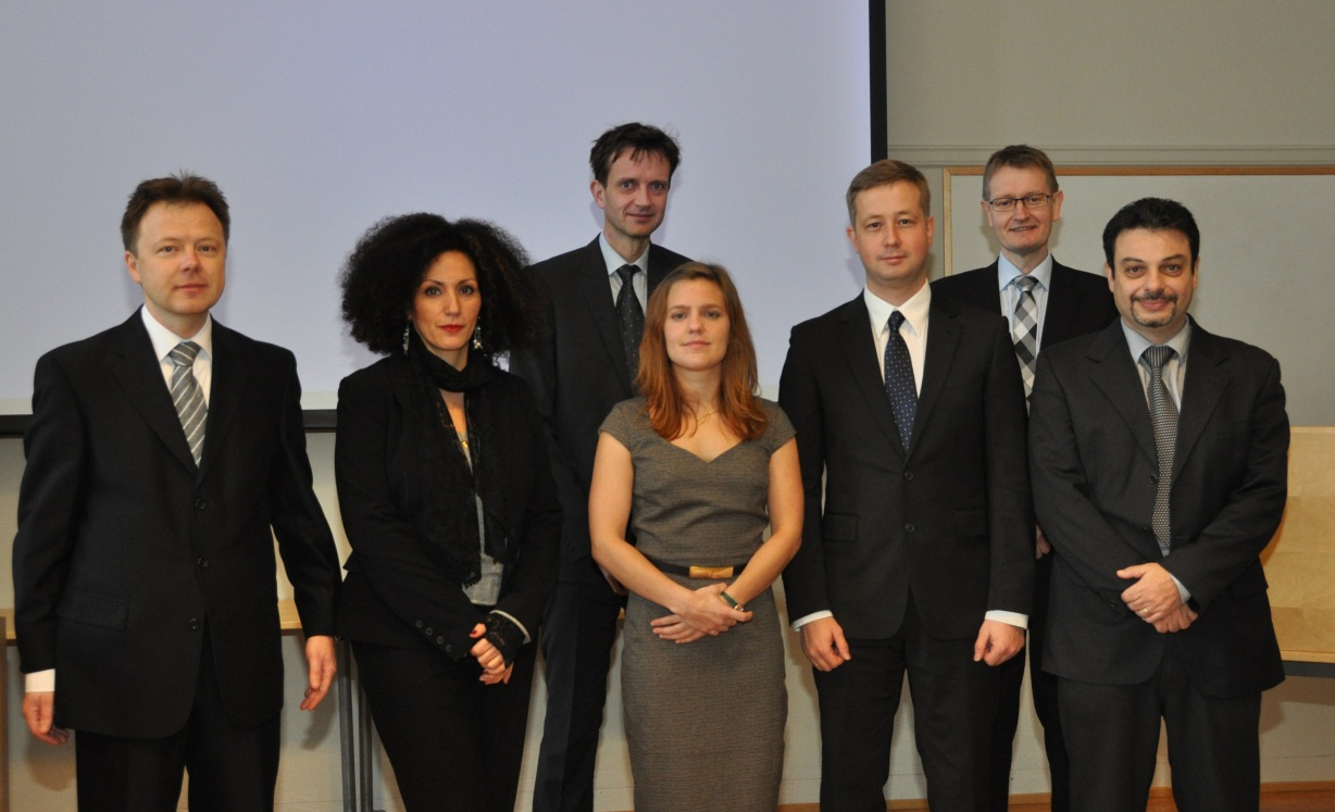 Dr. Anne Serine Ognedal with the committee and supervisors. From left: Tore Børvik, Nadia Bahlouli, Arild Holm Clausen, Anne Serine Ognedal, Frode Grytten, Odd Sture Hopperstad and Franck Lauro.