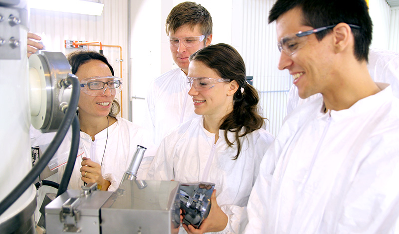 Solidification and casting research group. Photo: Per Henning/NTNU