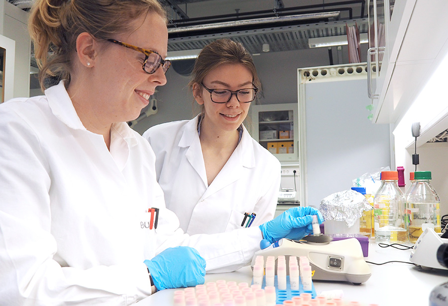 Two students in the lab. Photo