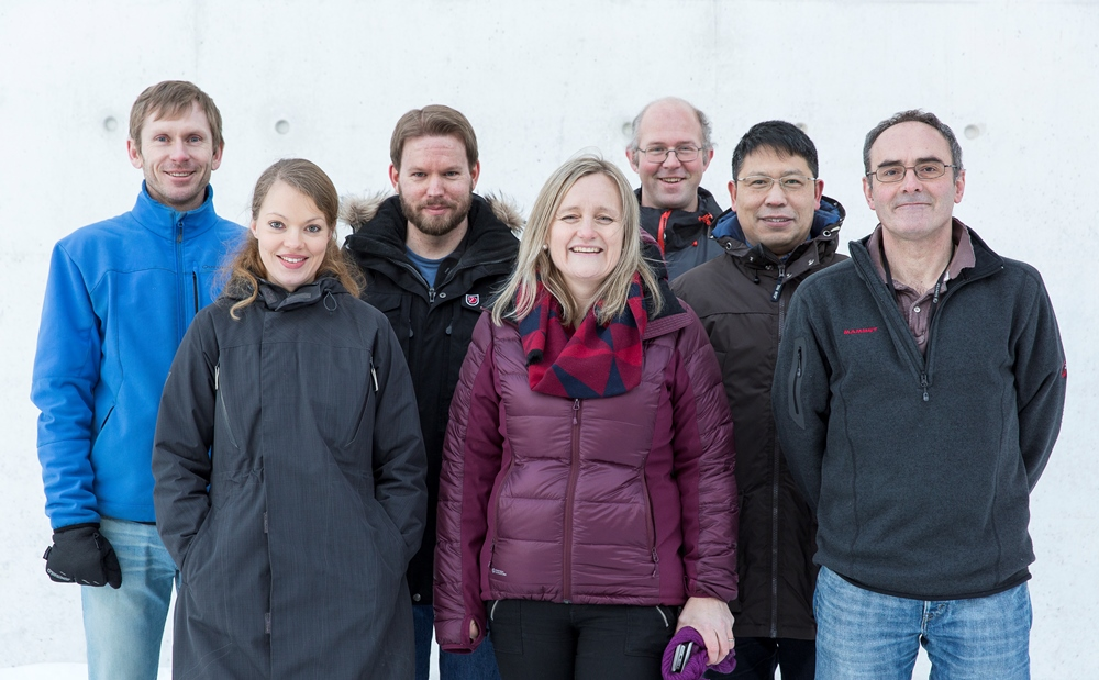 The TEM team. From the left Per Erik Vullum, Ragnhild Sæterli, Bjørn Soleim, Randi Holmestad, Antonius (Ton) van Helvoort, Yanjun Li and John Walmsley. Photo: Ole Morten Melgård