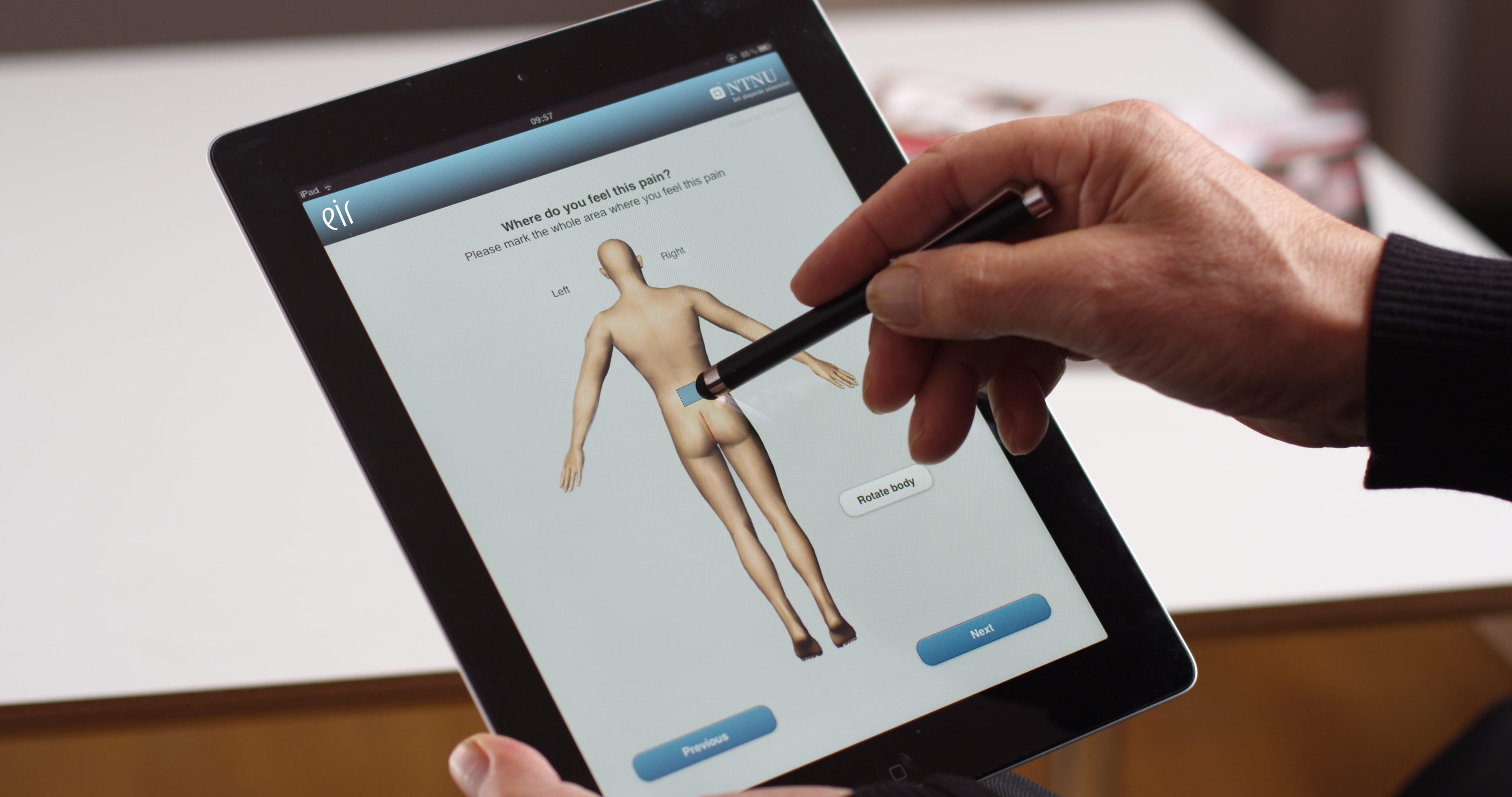 EIR is tablet software that helps patients describe their pain.