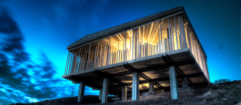 Picture of pavilion in Selbu, buildt by students and teachers at NTNU. Foto: Robert Schmidt