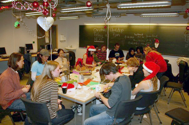Students having a Christmas Workshop to decorate their reading room/computer lab. Photo: Elin Staurem.