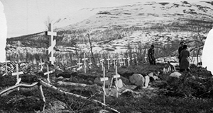 Woddenrosses at Saltfjellet. From the archive of Leiv Kreybergs in the Public record office of Norway