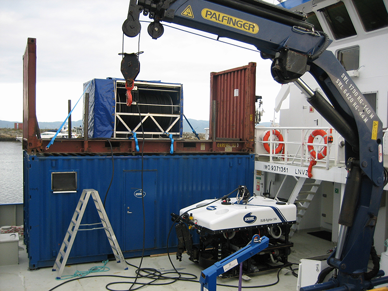 2 x 20ft container SPERRE K-30 ROV and umbilical winch
